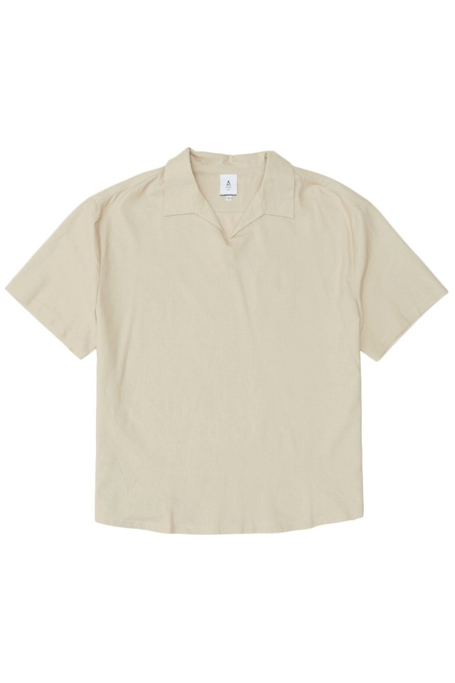 ARCADE x JUWAIDIJUMANTO OPEN COLLAR POLO IN SAND
