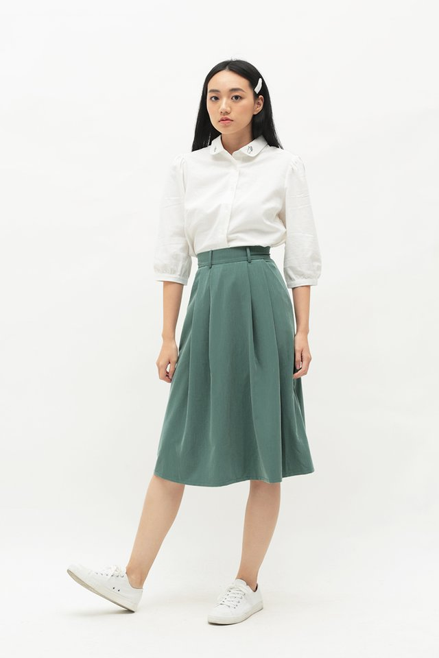 ARCADE x TEETEEHEEHEE BELTED SKIRT IN PINE