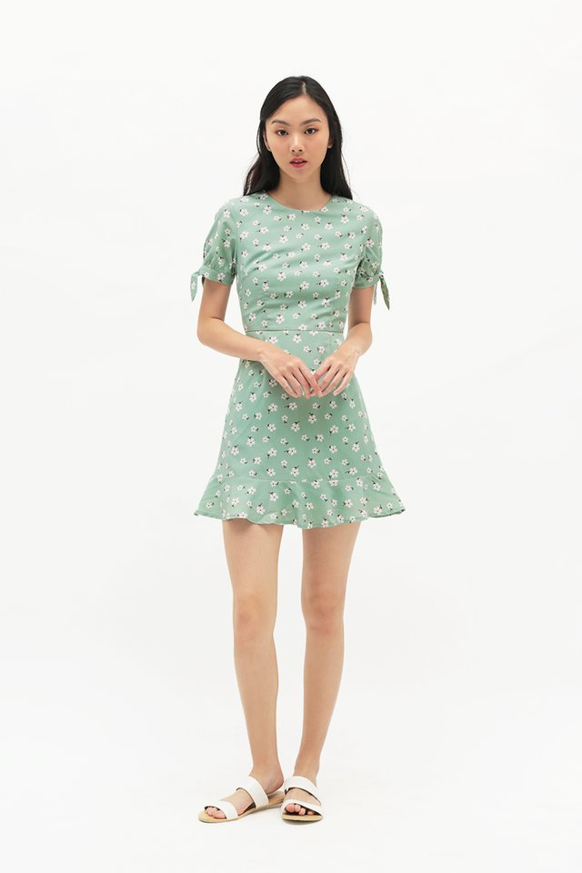 ASTRID FLORAL SWING DRESS IN SAGE