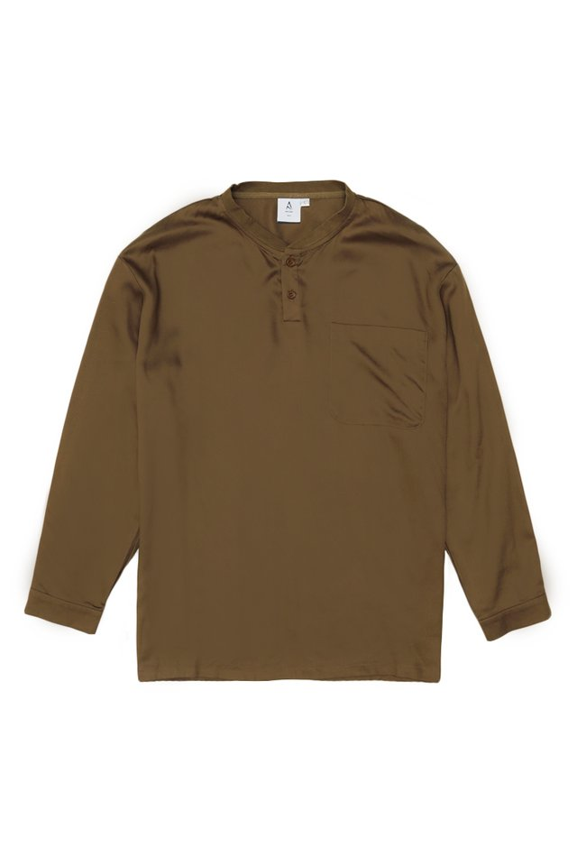ROWAN LONG SLEEVE HENLEY SHIRT IN COFFEE