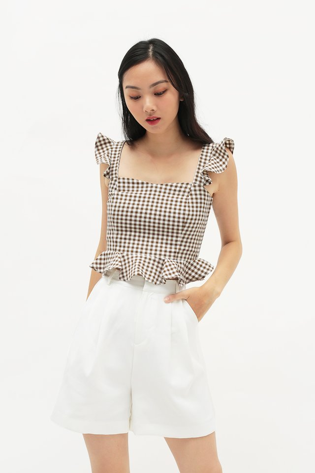 VANECIA GINGHAM FLUTTER TOP IN COCOA