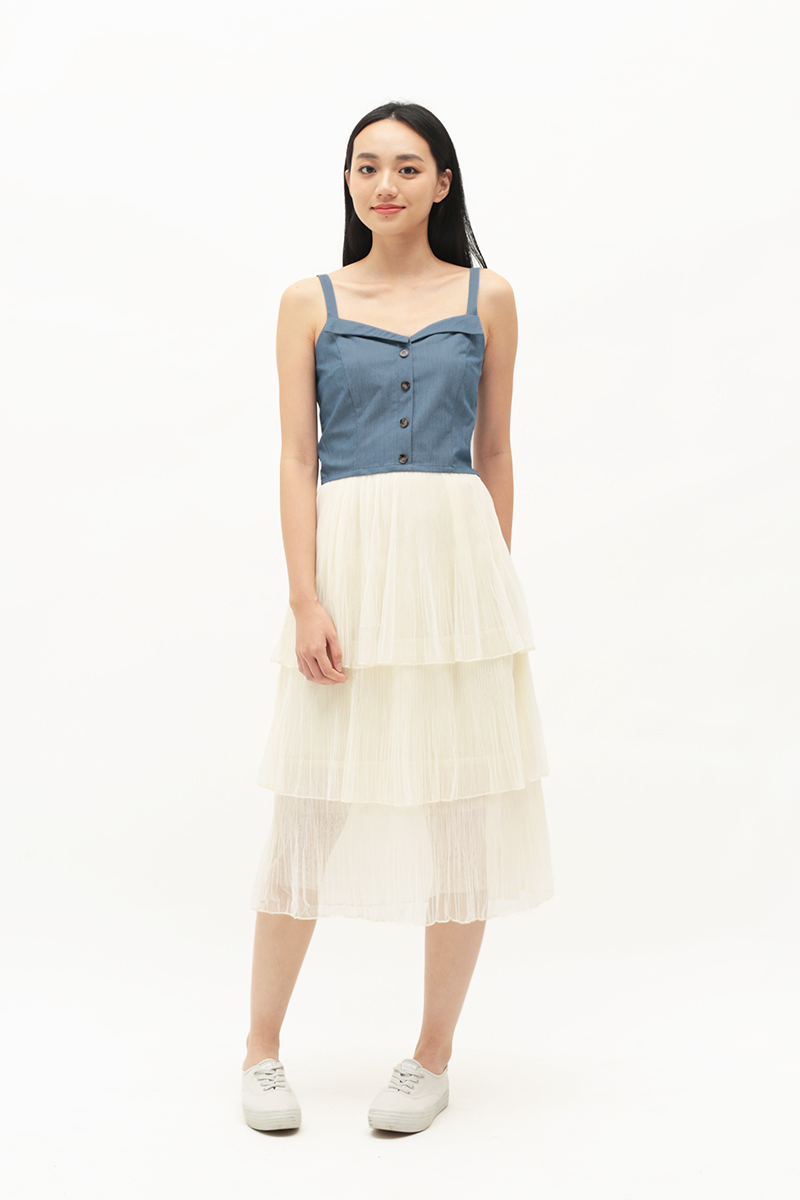 ARCADE x CHLOEANDCHOO BUTTON TOP IN CHAMBRAY BLUE