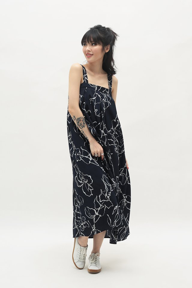 ELEANOR ABSTRACT PLEATED DRESS IN DARK NAVY