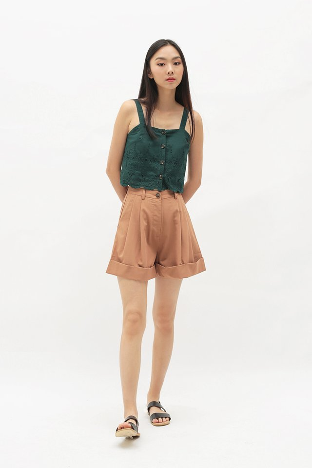 LUCIANA EYELET TOP IN FOREST