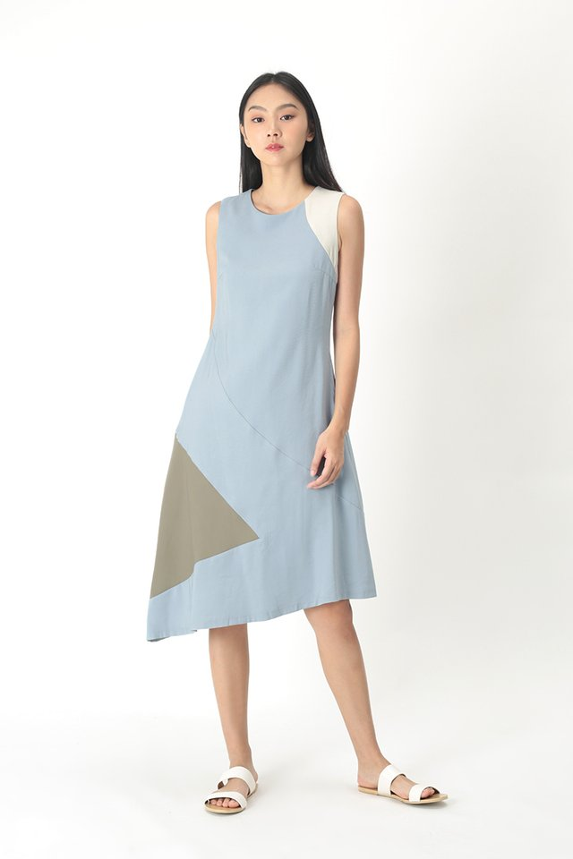 CHRISTELLE COLOURBLOCK DRESS IN DUSK BLUE