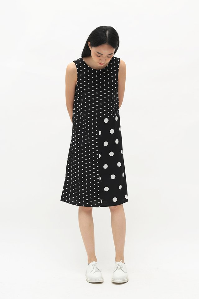 DOT TO DOT MIDI DRESS IN BLACK