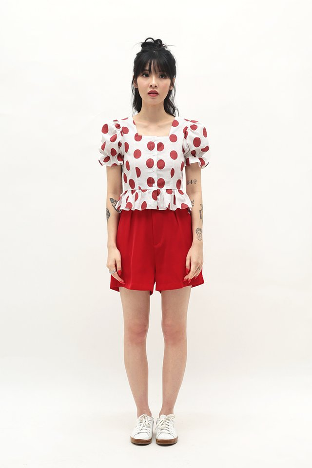 ELLE BELTED SHORTS IN AURORA RED