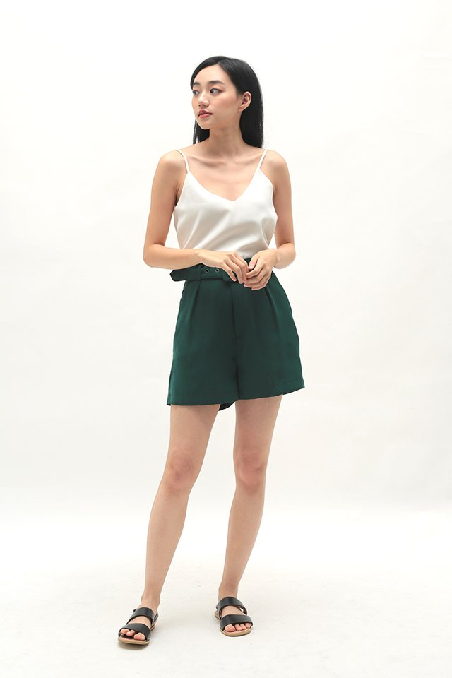 ELLE BELTED SHORTS IN FOREST
