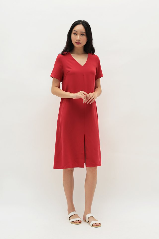 EVERLY V-NECK DRESS IN RED