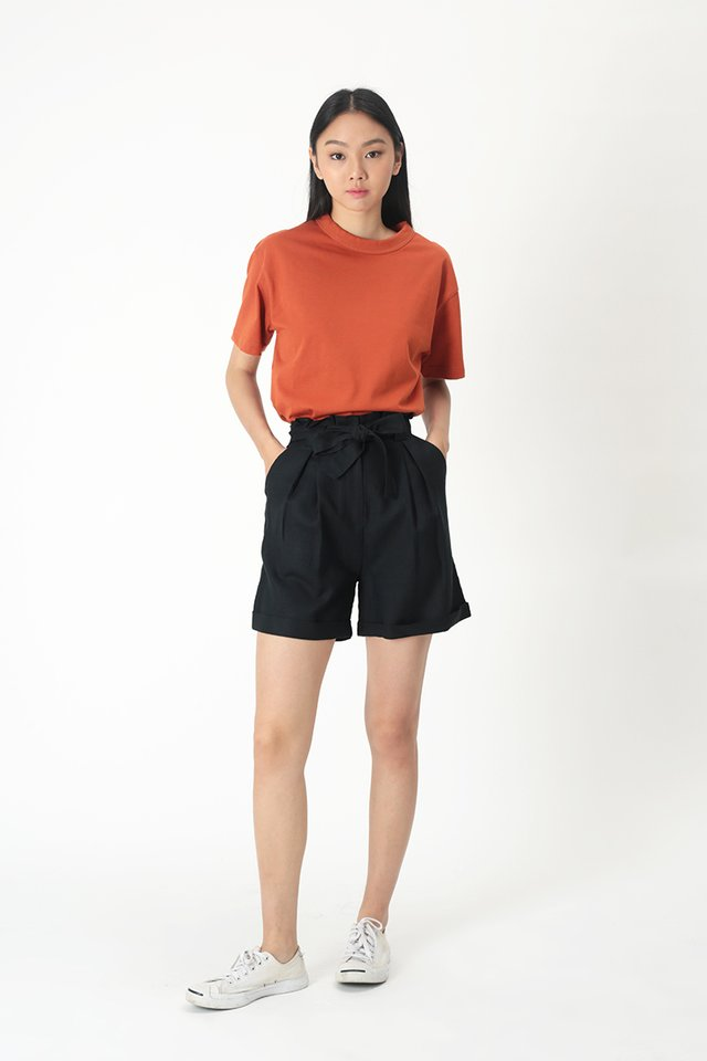 KIRA PAPERBAG SHORTS IN DARK NAVY