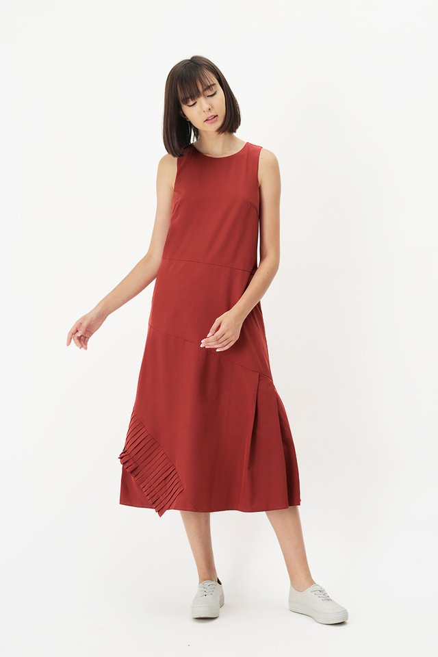 LOUISA PLEAT HEM DRESS IN AURORA RED