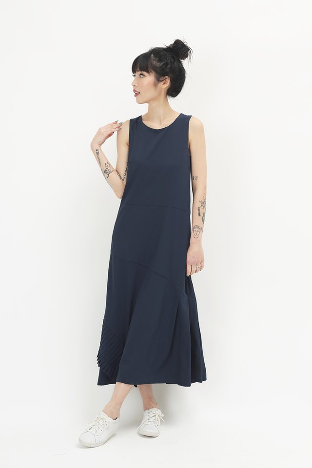 LOUISA PLEAT HEM DRESS IN NAVY