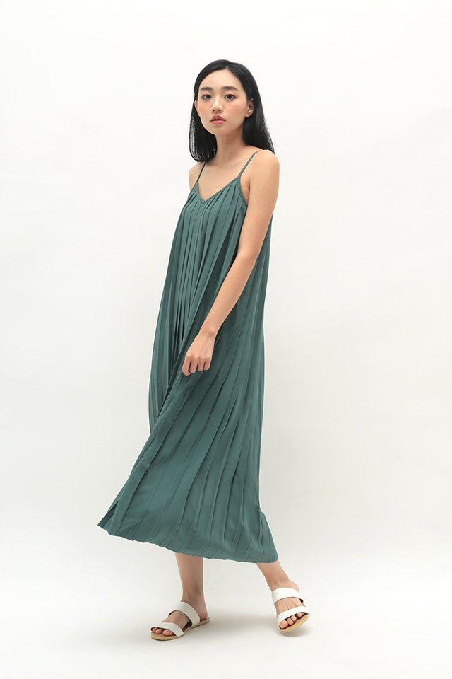 SHARISSA PLEATED TWO WAY DRESS IN PINE