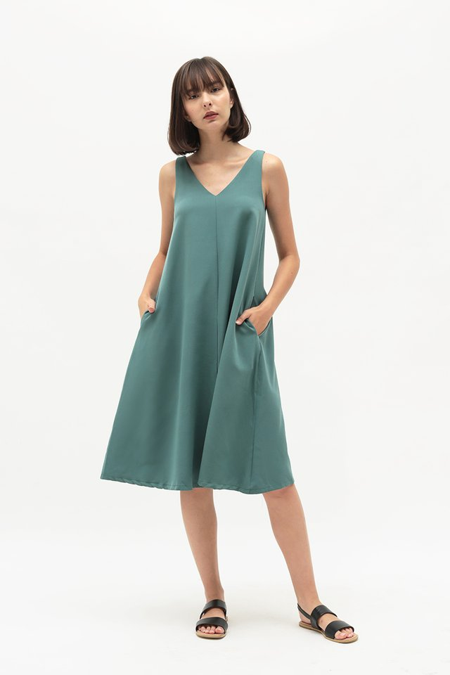 THALISSA TWO WAY DRESS IN PINE