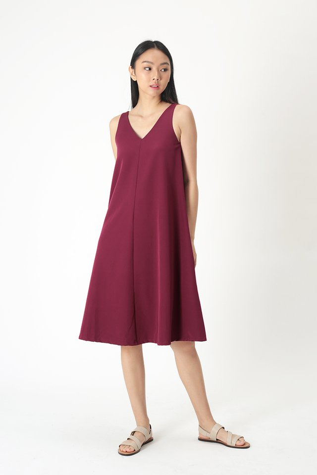 THALISSA TWO WAY DRESS IN WINE