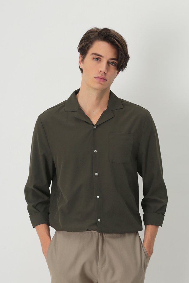 WESLEY LONG SLEEVE CAMP COLLAR SHIRT IN CHARCOAL