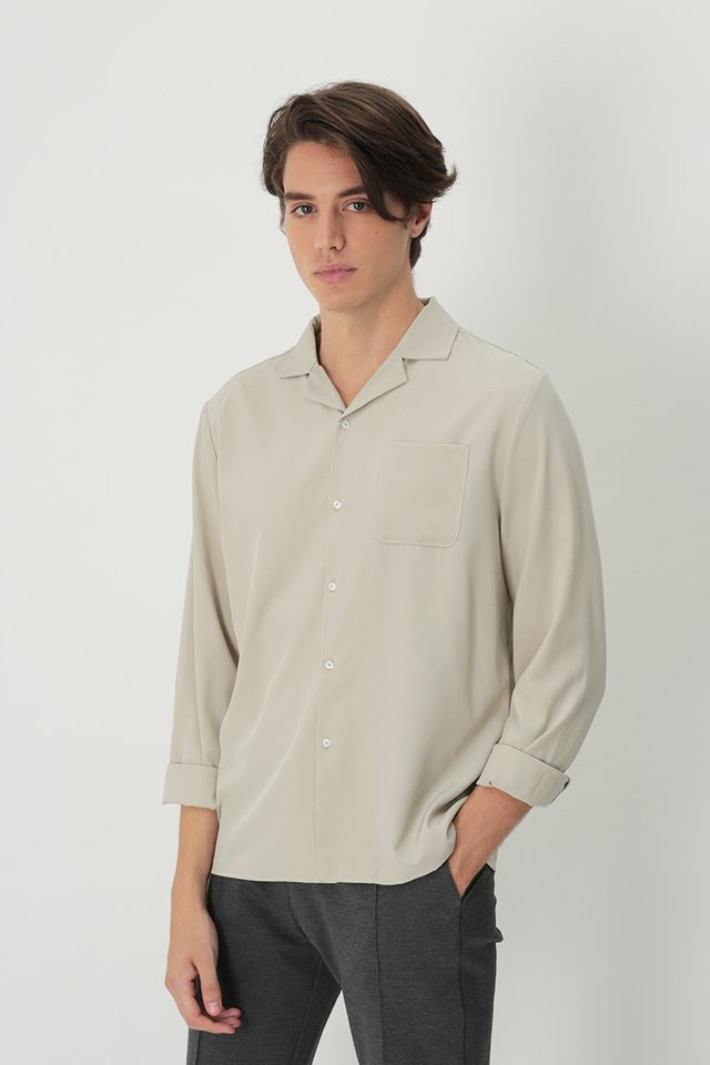 WESLEY LONG SLEEVE CAMP COLLAR SHIRT IN STONE