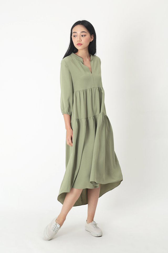 AUBRIE TIER DRESS IN SAGE