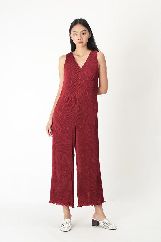 CHIARA PLEATED JUMPSUIT IN AURORA RED