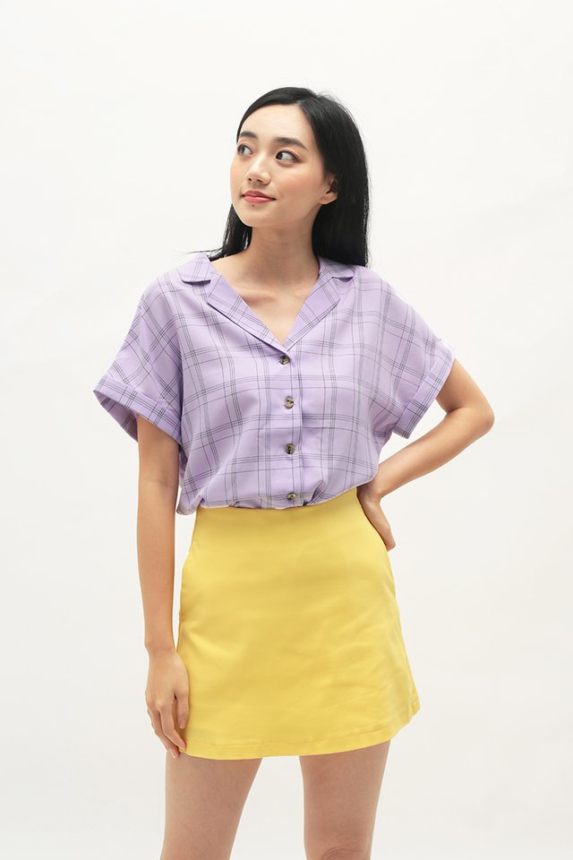 ELYSSA CHECKERED CAMP COLLAR BLOUSE IN LILAC