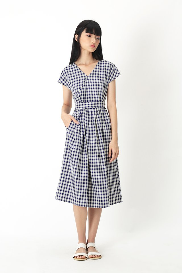 JANELLA GINGHAM DRESS IN NAVY
