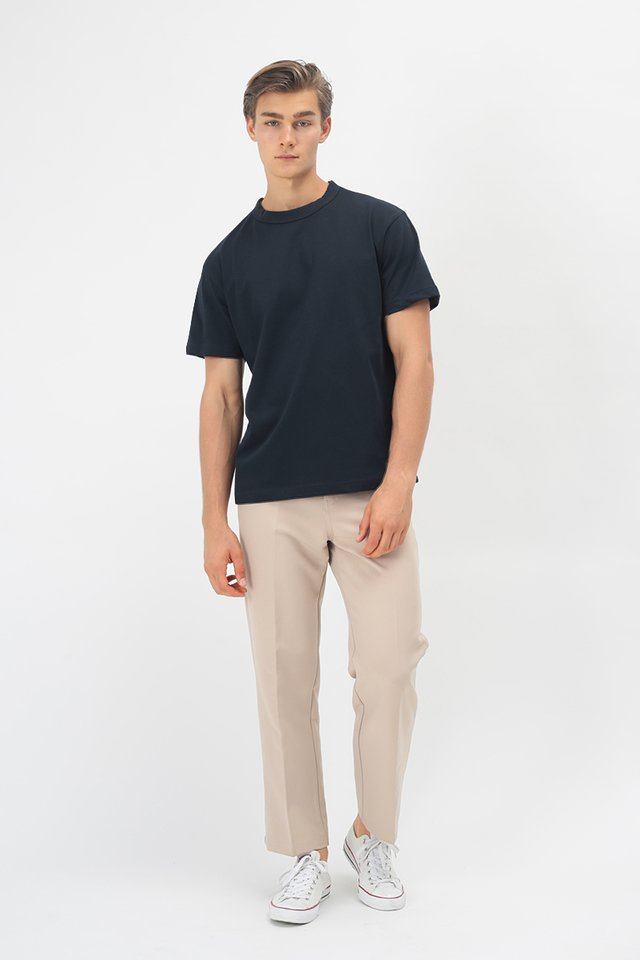 RILEY WIDE-FIT T-SHIRT IN NAVY