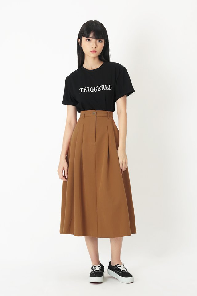 ADINA PLEATED SKIRT IN CARAMEL