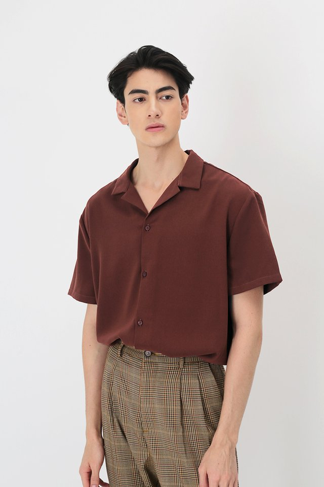 AIDEN CAMP COLLAR SHIRT IN MAROON
