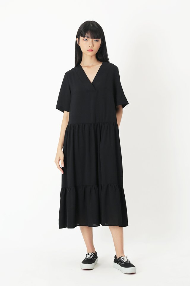 VERONICA V-NECK TIER DRESS IN BLACK