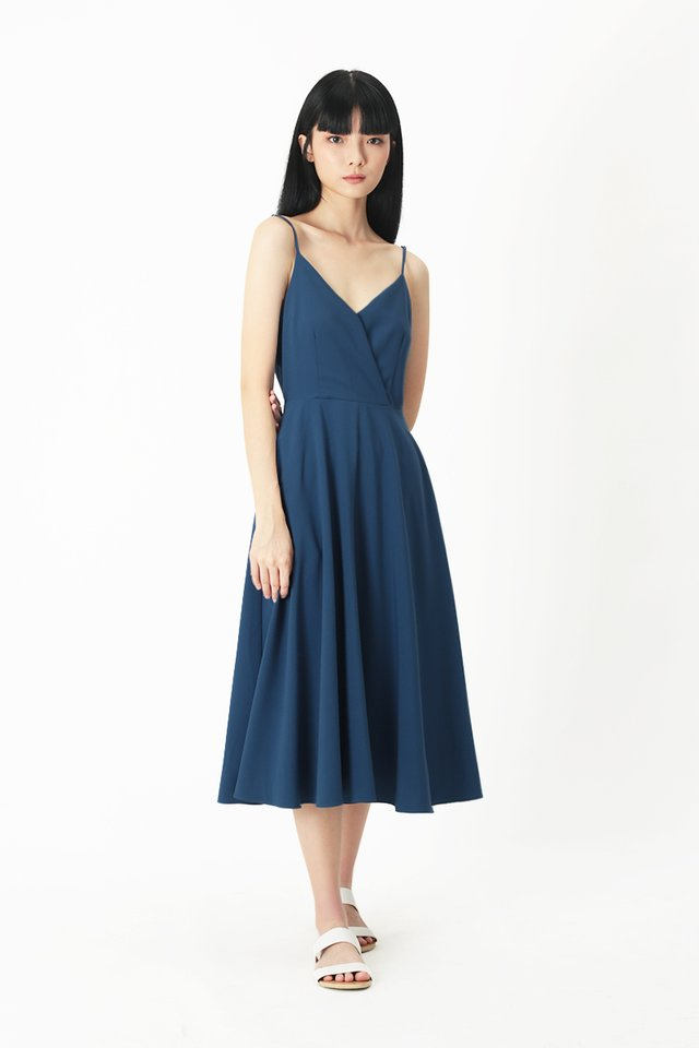 DELANEY V-NECK MIDI DRESS IN PACIFIC BLUE