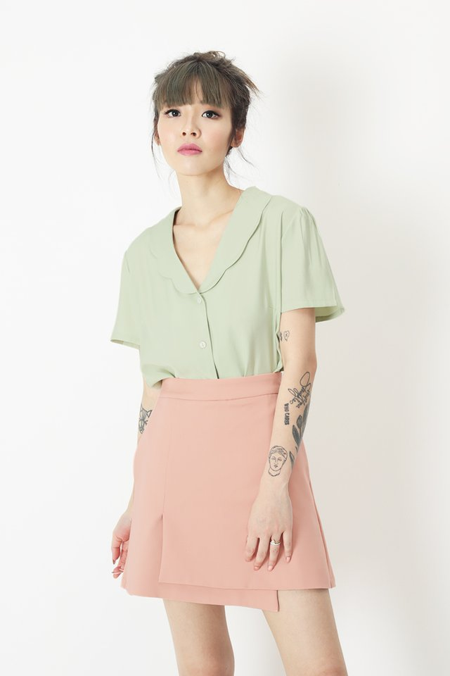 EUGENIA SCALLOP BLOUSE IN MELON