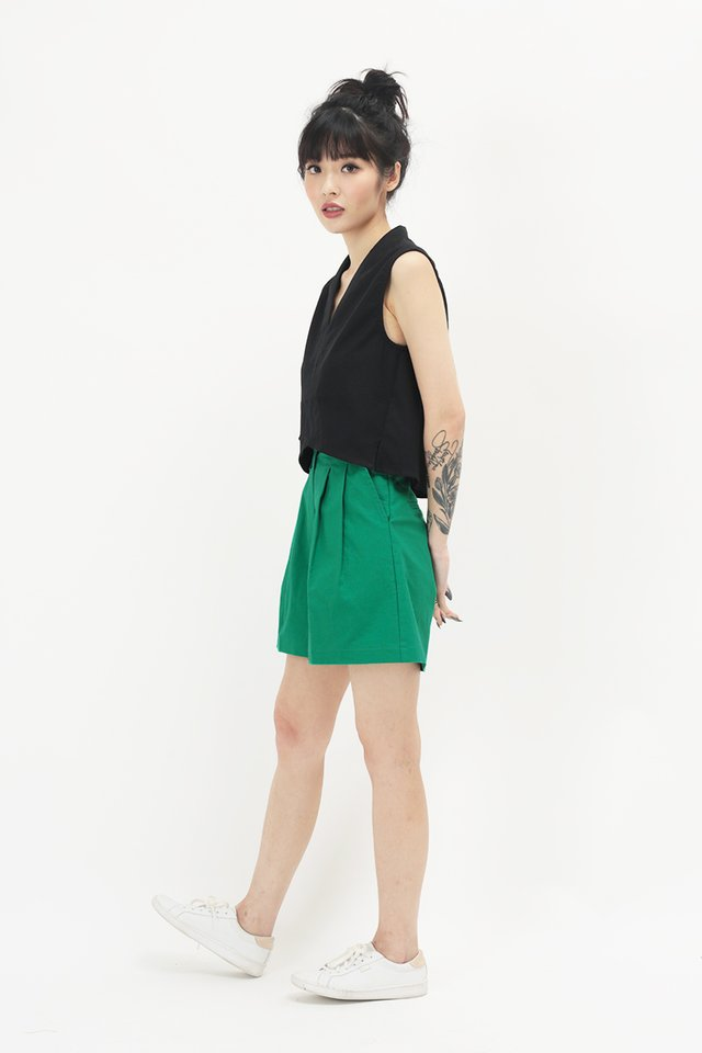 LUCAS POCKET SHORTS IN KELLY GREEN