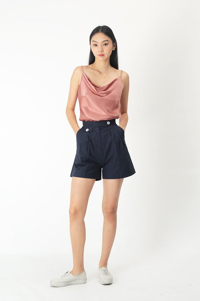 LUCAS POCKET SHORTS IN NAVY