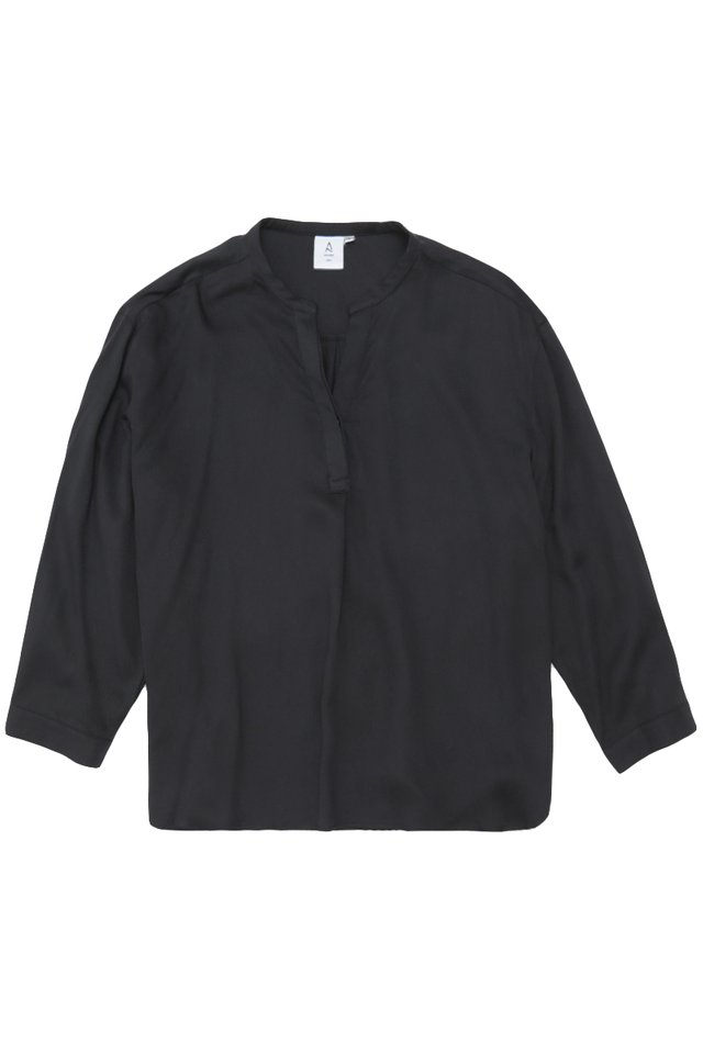 MATTY SKIPPER COLLAR SHIRT IN NAVY