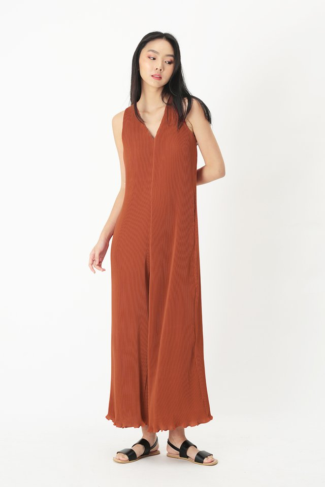 CHIARA PLEATED JUMPSUIT IN RUSSET