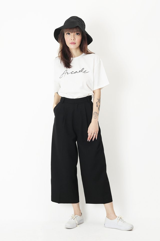 KEEP WALKING CULOTTES IN BLACK