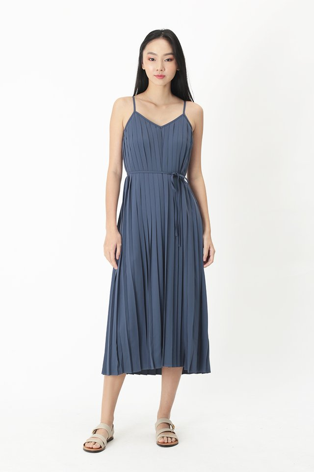 SHARISSA PLEATED TWO WAY DRESS IN PACIFIC BLUE