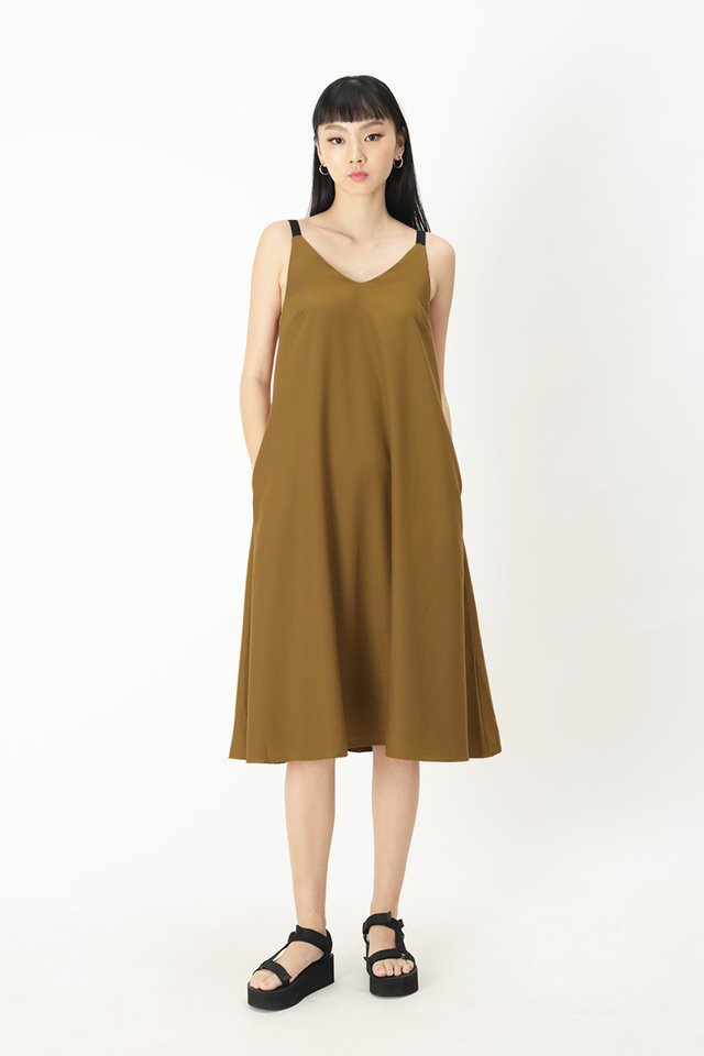 ANJA CONTRAST MIDI DRESS IN TOFFEE