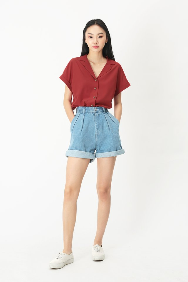 ELYSSA CAMP COLLAR BLOUSE IN ROUGE RED