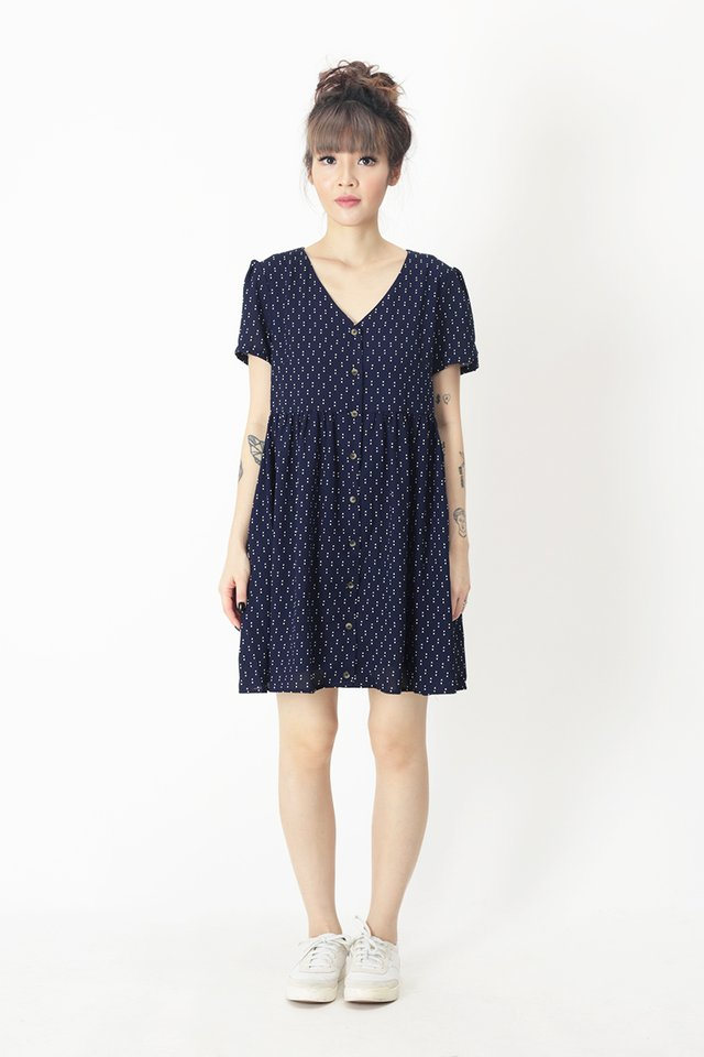 KENSIE POLKADOT BABYDOLL DRESS IN NAVY