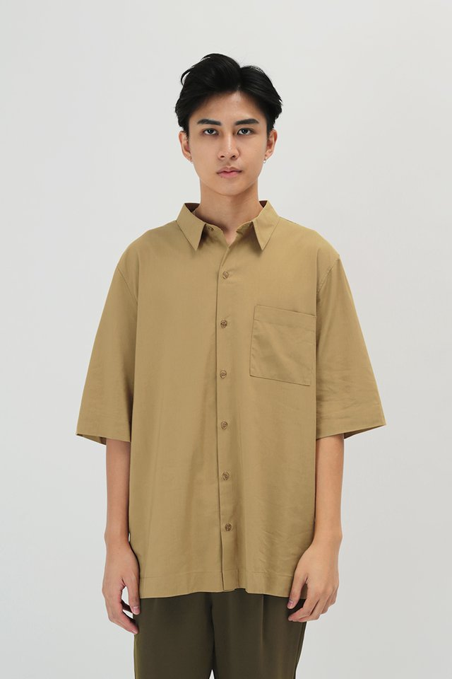 ARNOLD SHORT SLEEVE SHIRT IN KHAKI