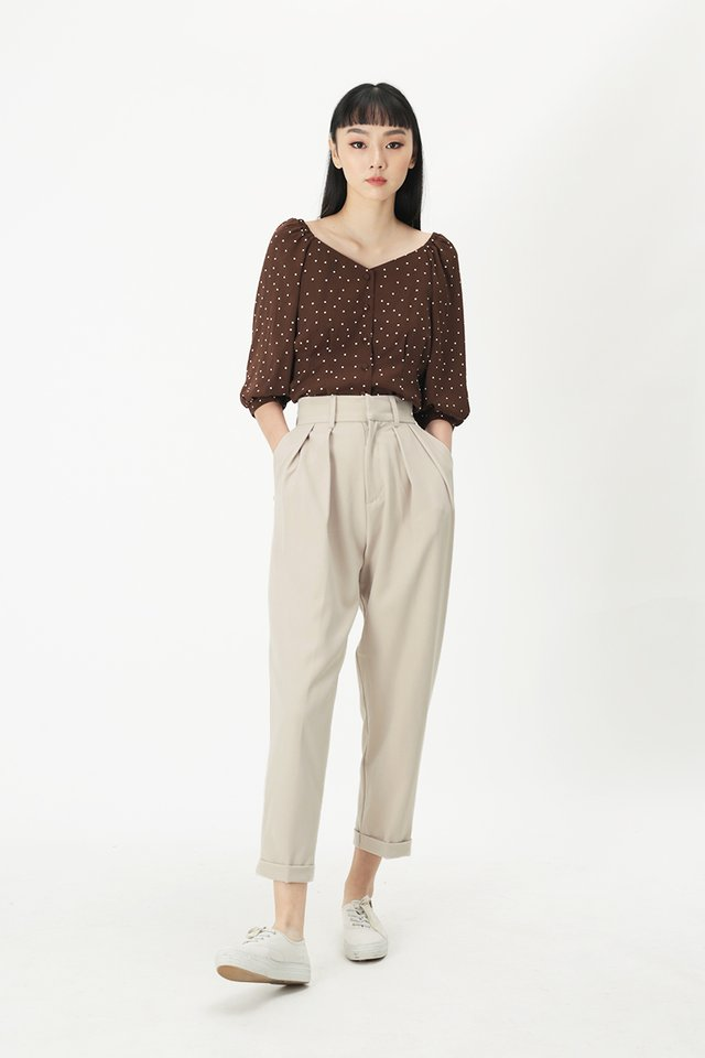BETH POLKADOT BUTTON BLOUSE IN CHOCOLATE