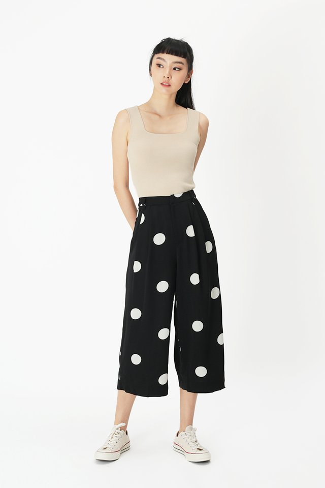 KEEP WALKING POLKADOT CULOTTES IN BLACK