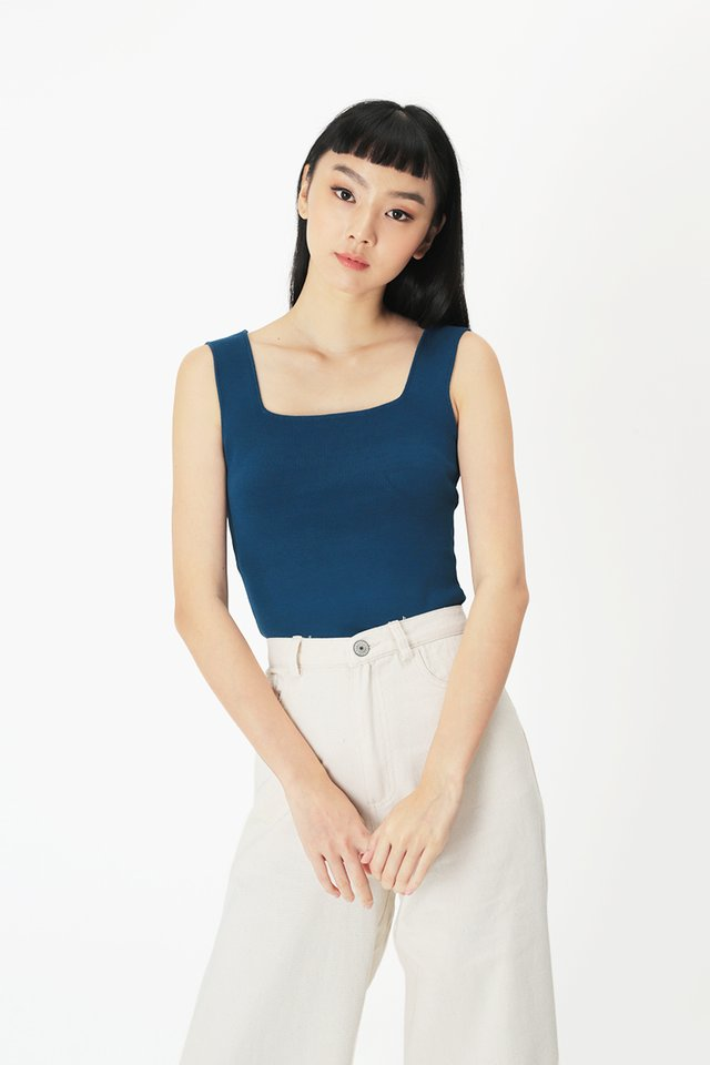 STEVI SQUARE NECK TOP IN PERSIAN BLUE