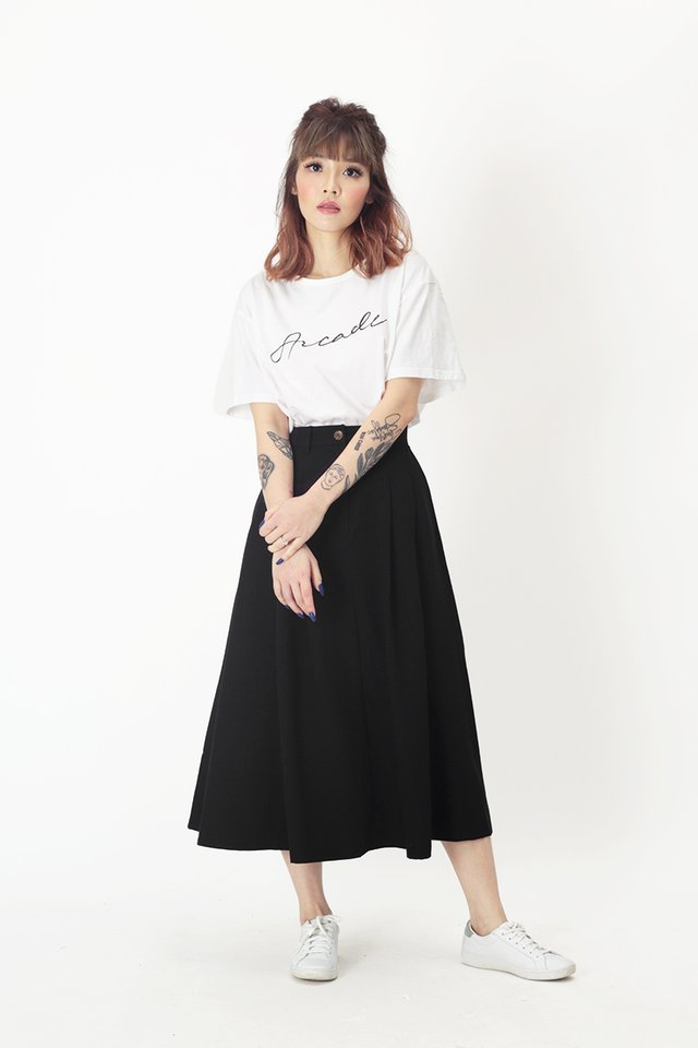 ADINA PLEATED SKIRT IN BLACK