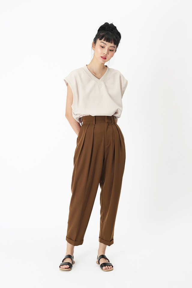 BRIAR PEG LEG PANTS IN BROWN
