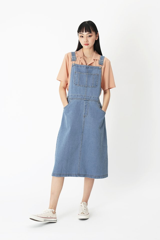 MIKAYLA DENIM DUNGAREE IN MID WASH