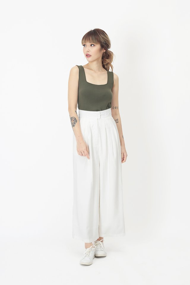 ESTELLE CULOTTES IN WHITE
