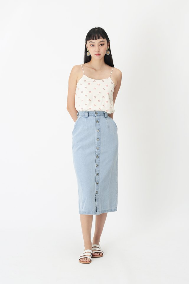 JOELLE DENIM PENCIL SKIRT IN LIGHT WASH