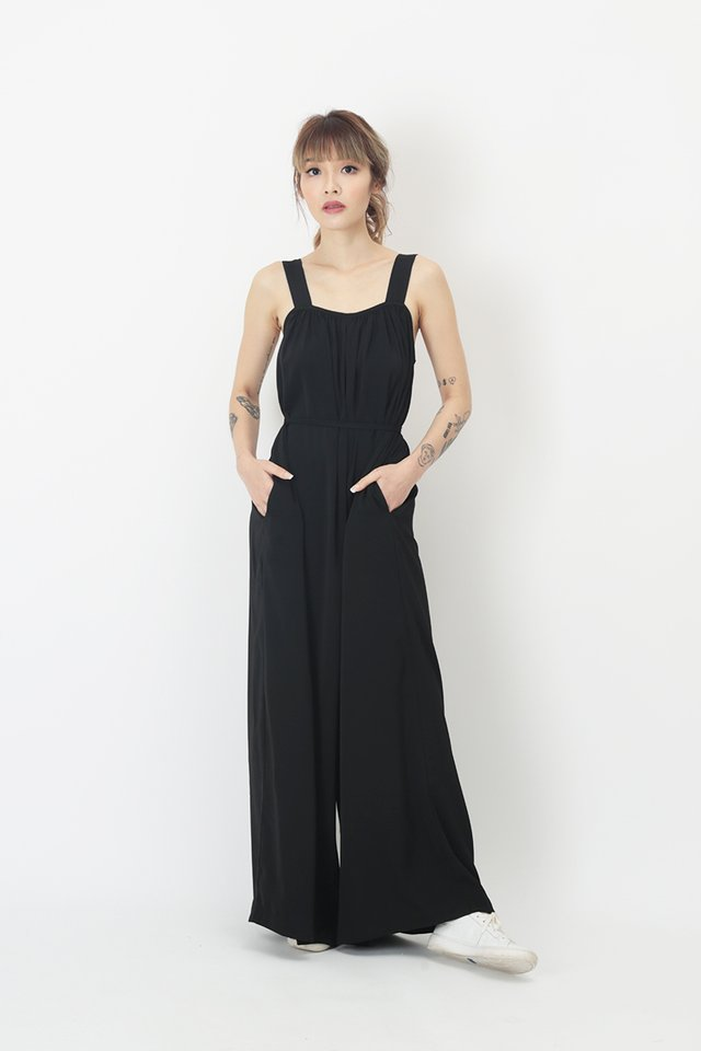 JANAE WIDE LEG JUMPSUIT IN BLACK